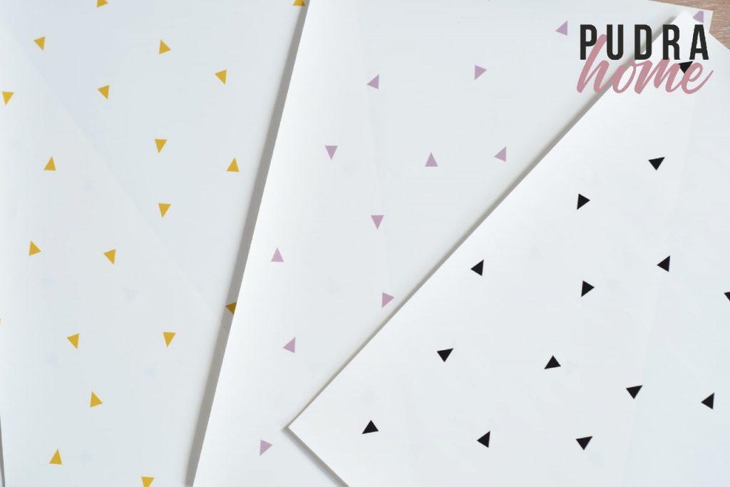 Постер Треугольники (полилит)