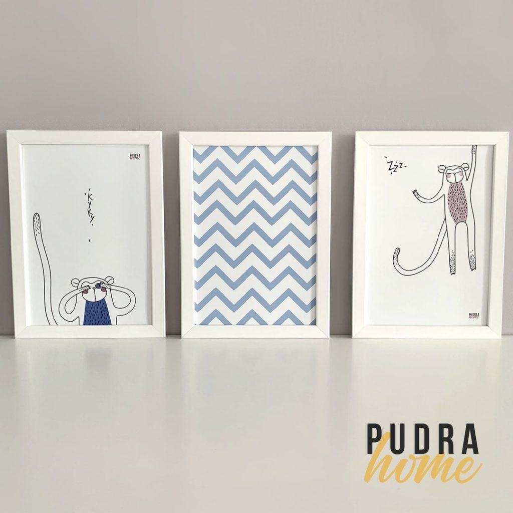 Набор из трех постеров в рамках (Обезьянка синяя, Геометрия, Обезьянка розовая)